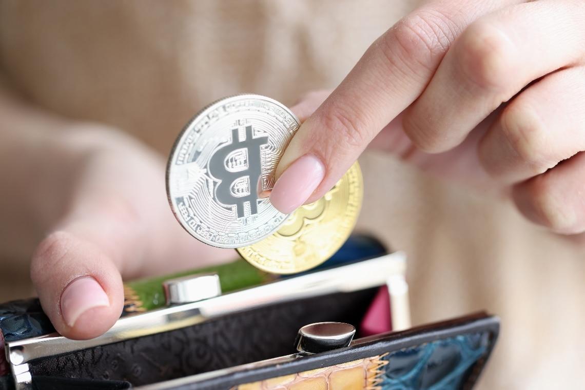 Bitcoin: new peak of active addresses