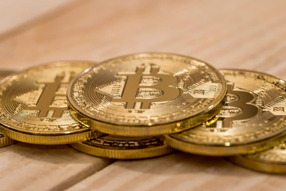 Bitcoin is stabilizing according to eToro