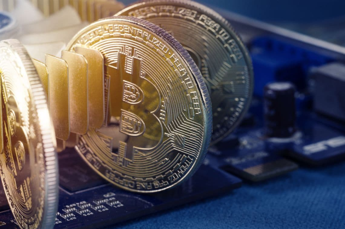 Iran bans bitcoin mining for four months