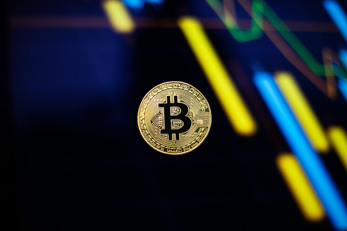 Bitcoin and Monero Price Analysis