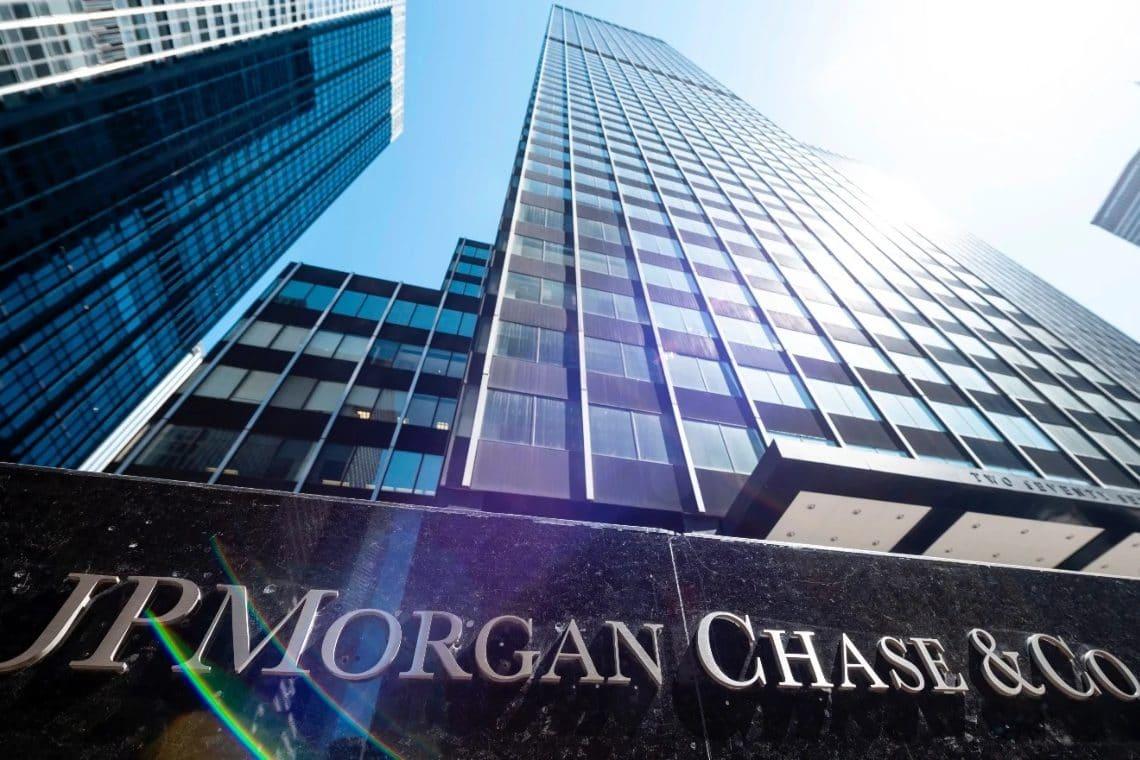 JPMorgan, forget bitcoin: $500 billion in cash
