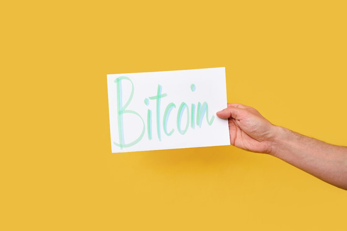 Survey: 85% of traders own bitcoin