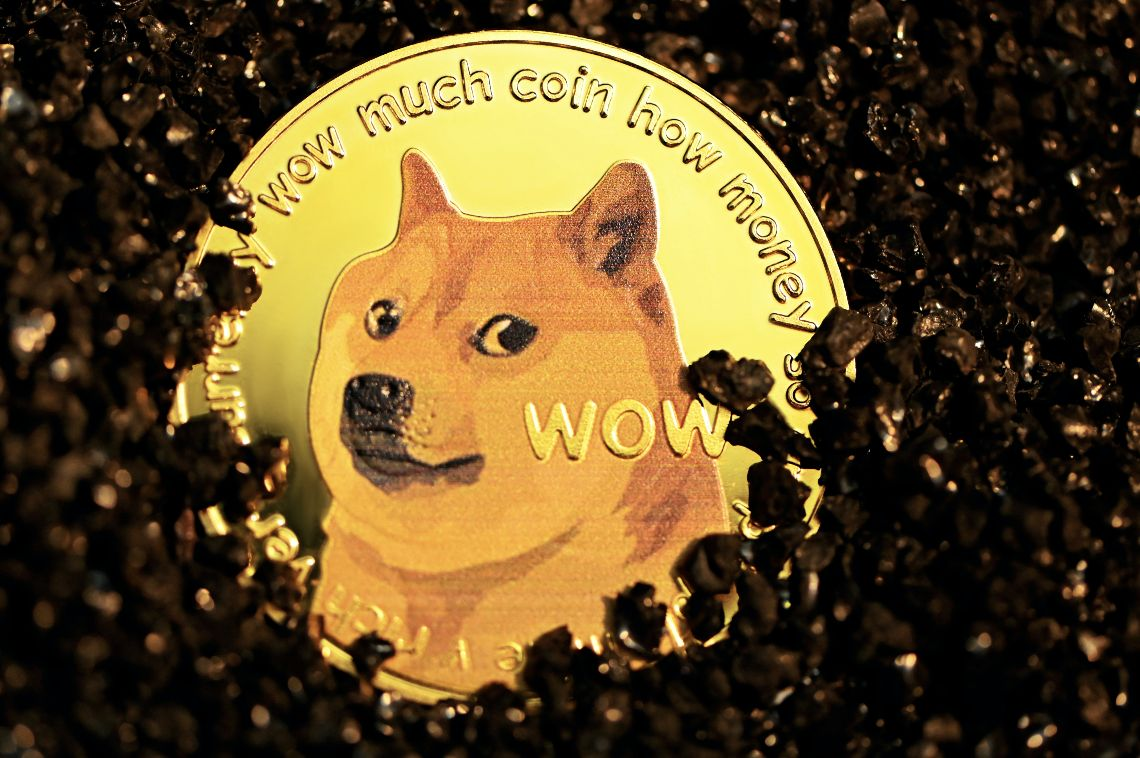 Sentiment for Dogecoin drops 23% despite listing on Coinbase Pro