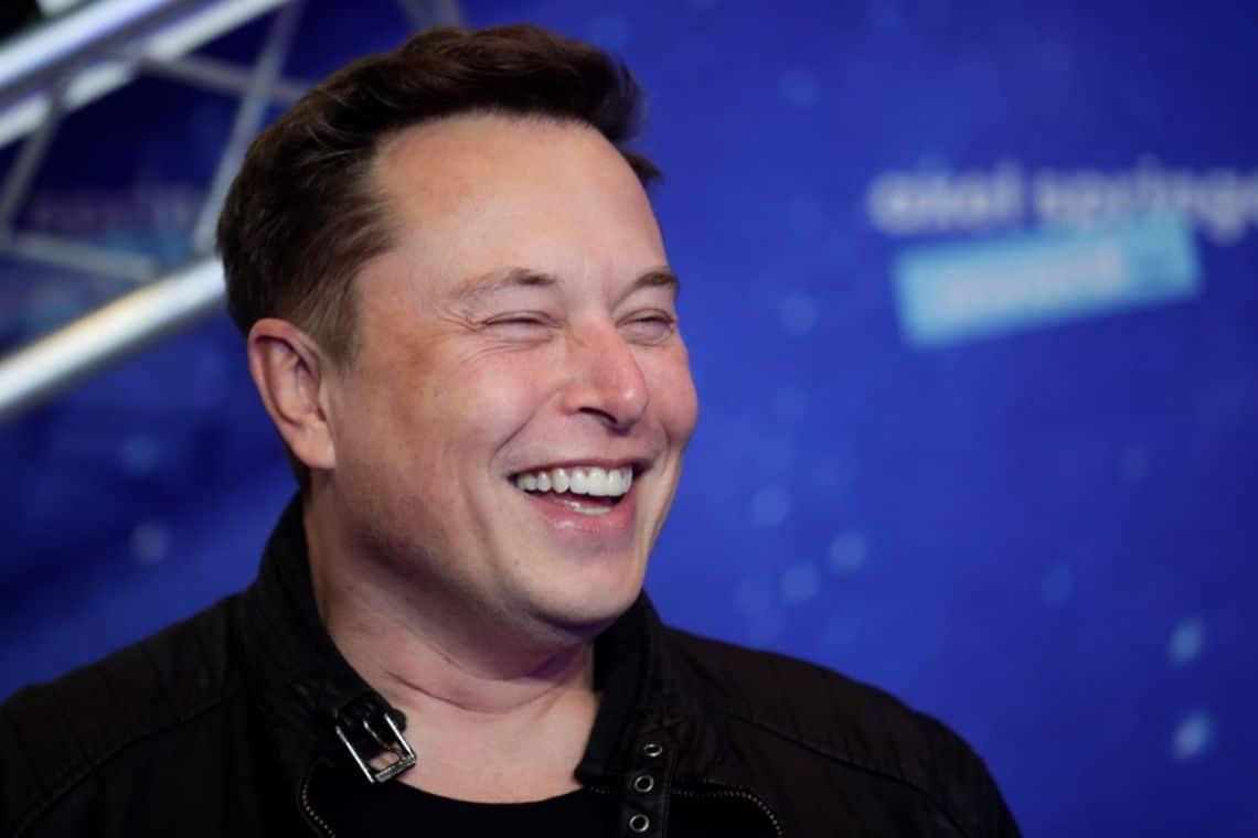Elon Musk znovu tweetl a cena BTC klesla, kdy jeho vliv na Bitcoin skončí?