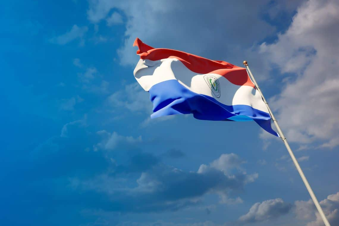 Will bitcoin be recognized as a means of payment in Paraguay?