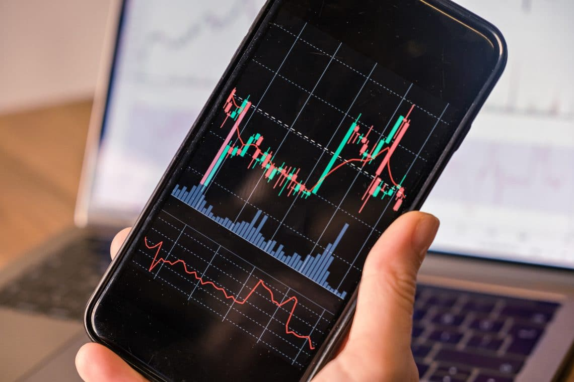 The importance of getting information in time while trading cryptocurrencies