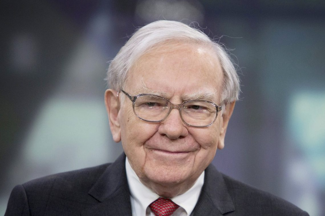Warren Buffett invests $500 million in Nubank which is interested in Bitcoin