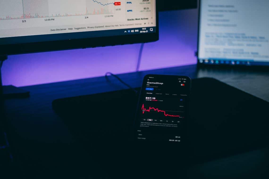Stock market summary: Gamestop, Ferrari and Azimut