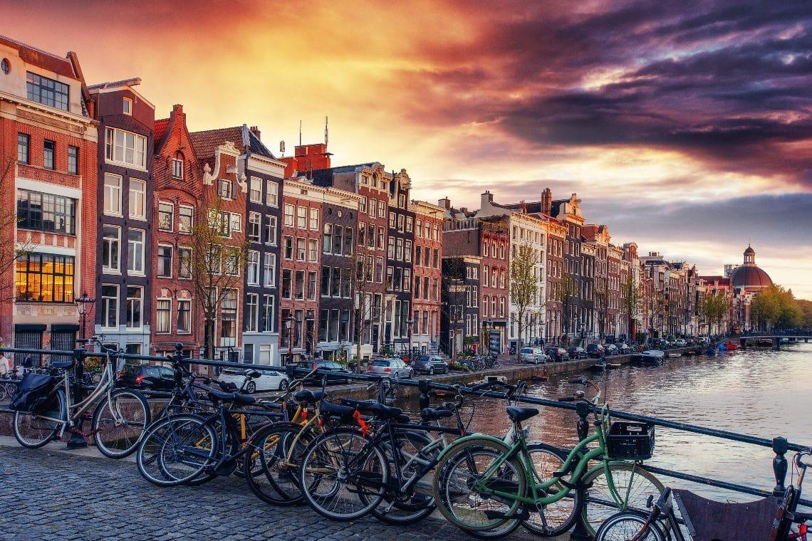 Nizozemská centrální banka varuje před Binance