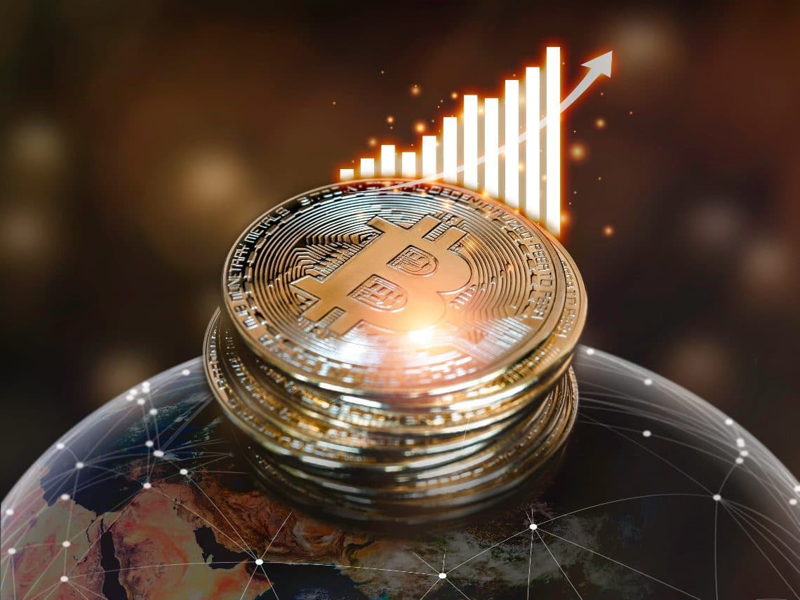 Why Bitcoin can (not) destroy the economy