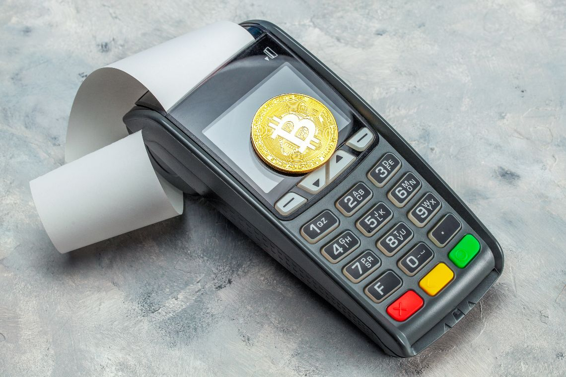 Bitcoin payments accepted by McDonald's, Starbucks, Pizza Hut, Zara and others