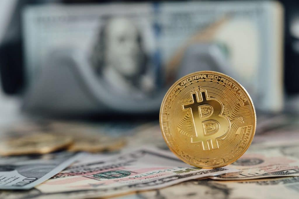 US bank accounts under scrutiny: Bitcoin is the answer